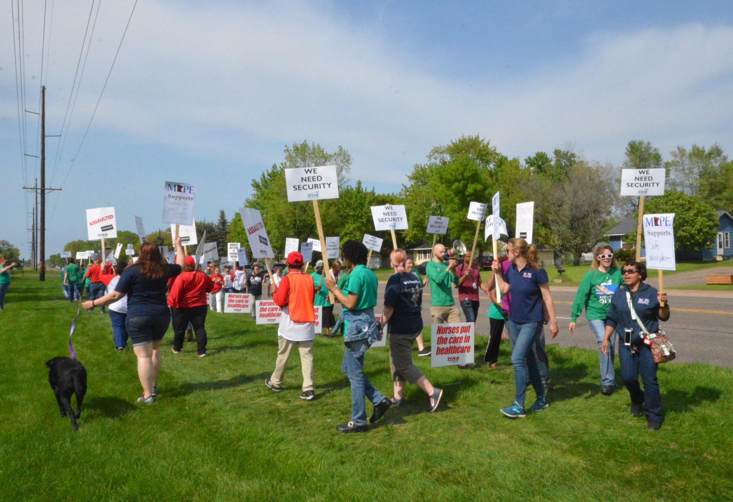 AFSCME members fight back against unsafe working conditions at Anoka Metro Regional Treatment Center